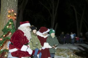 Santa and Mrs. Claus with children