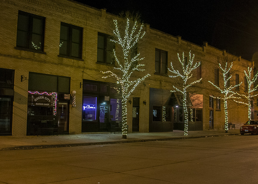 Dickinson ND downtown Christmas lights