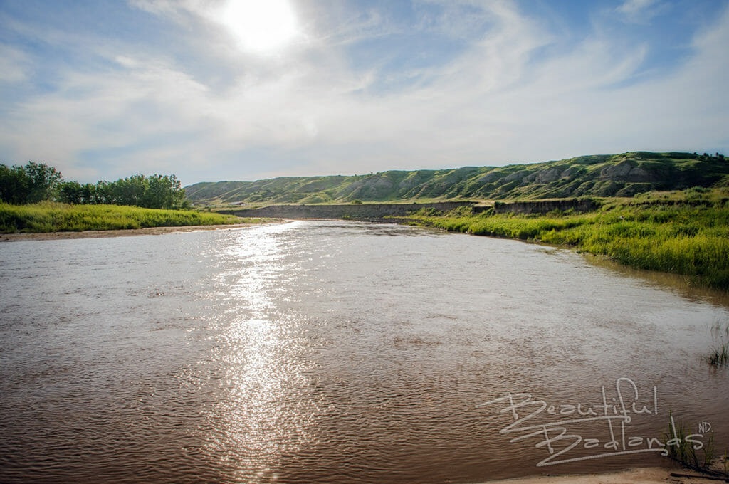 Sun light on the LIttle Missouri River at the VVV Crossing