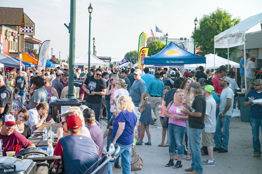 bestof the west ribfest crowd watford city